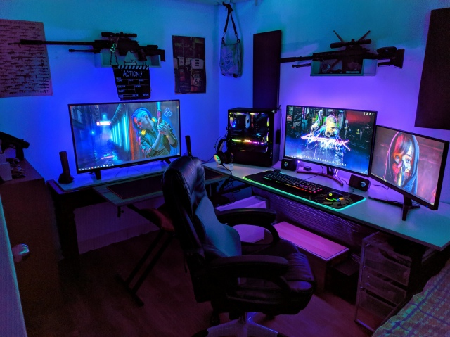 PC_Desk_171_38.jpg