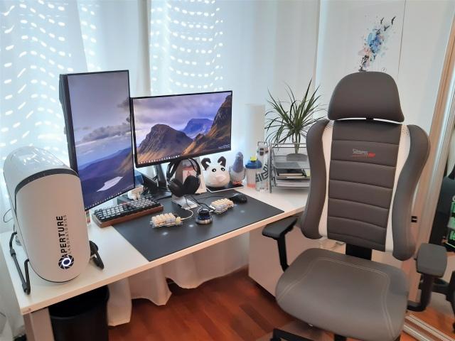 PC_Desk_171_43.jpg