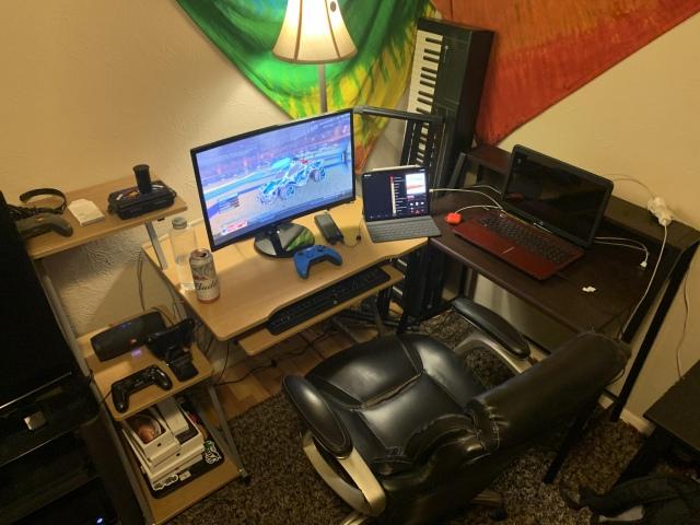 PC_Desk_171_54.jpg