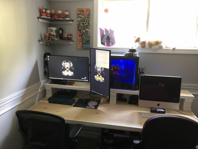 PC_Desk_171_55.jpg