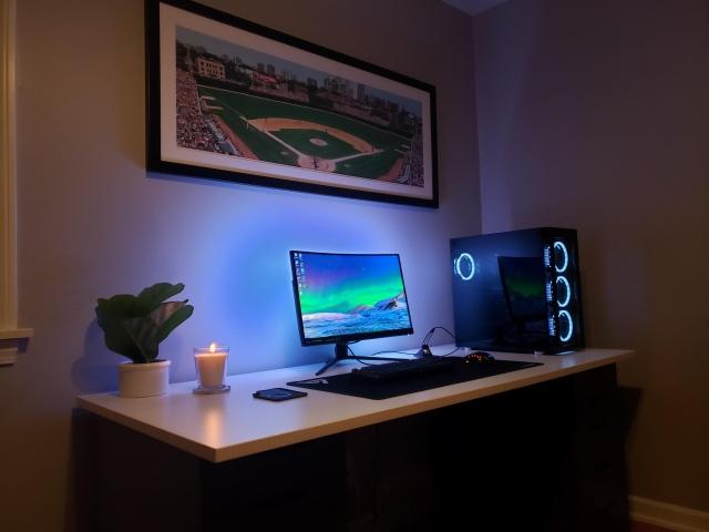 PC_Desk_172_07.jpg