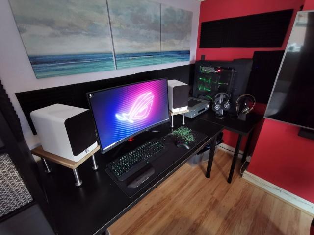 PC_Desk_172_24.jpg