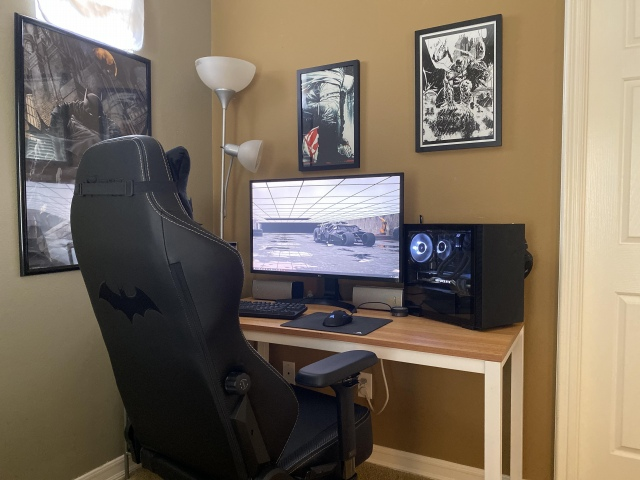 PC_Desk_172_25.jpg