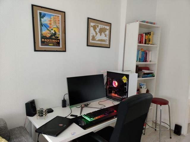 PC_Desk_172_46.jpg