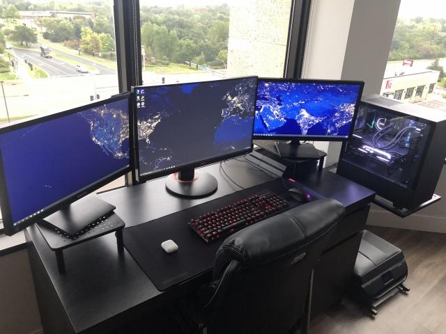 PC_Desk_172_50.jpg