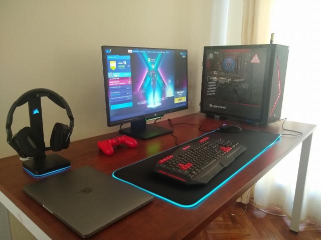 PC_Desk_172_55.jpg