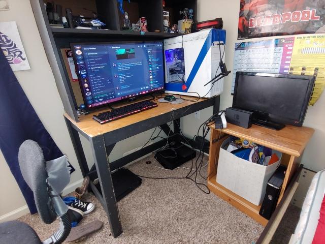 PC_Desk_172_64.jpg
