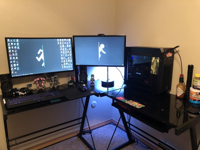 PC_Desk_172_70.jpg
