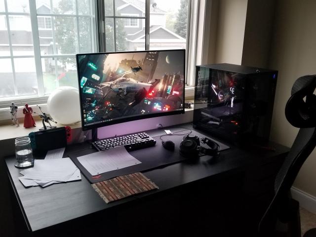 PC_Desk_172_83.jpg