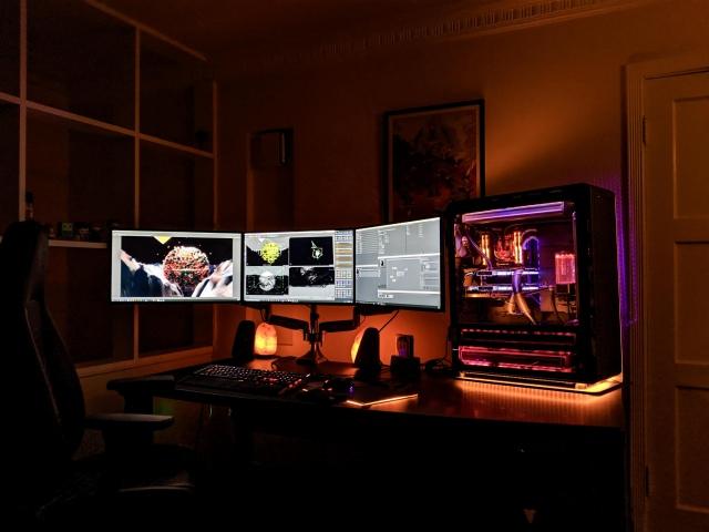 PC_Desk_172_97.jpg