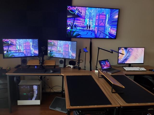 PC_Desk_173_38.jpg