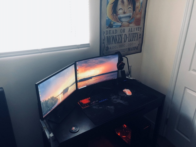 PC_Desk_173_45.jpg