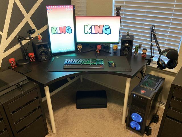 PC_Desk_173_68.jpg