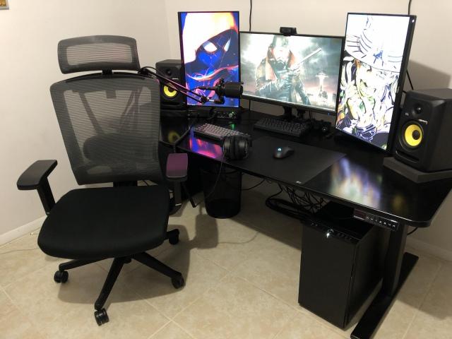 PC_Desk_173_69.jpg