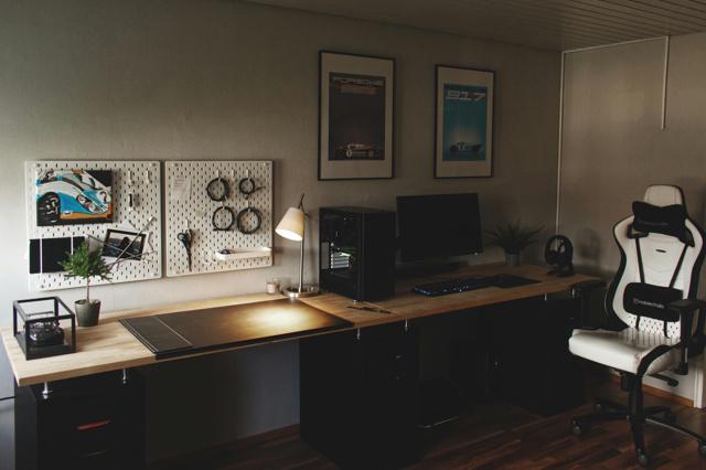 PC_Desk_173_77.jpg