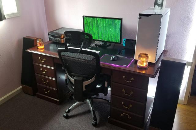 PC_Desk_173_93.jpg