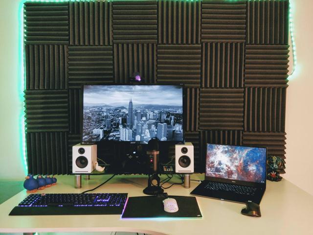 PC_Desk_173_96.jpg
