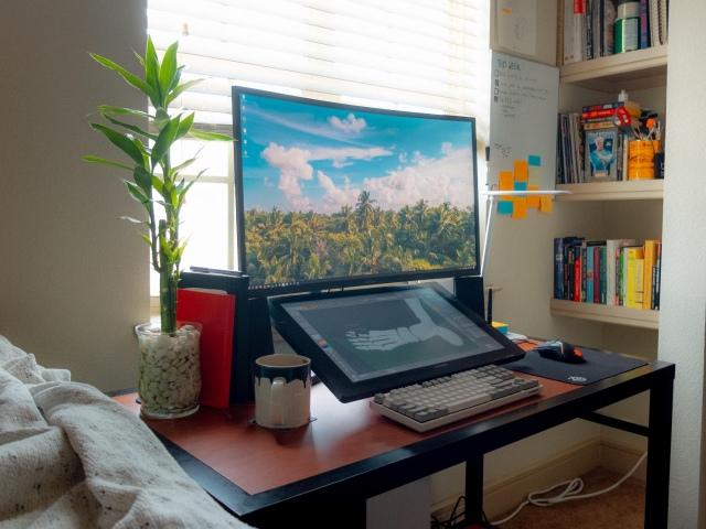 PC_Desk_174_05.jpg