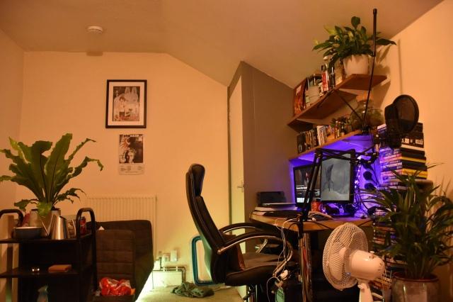 PC_Desk_174_15.jpg