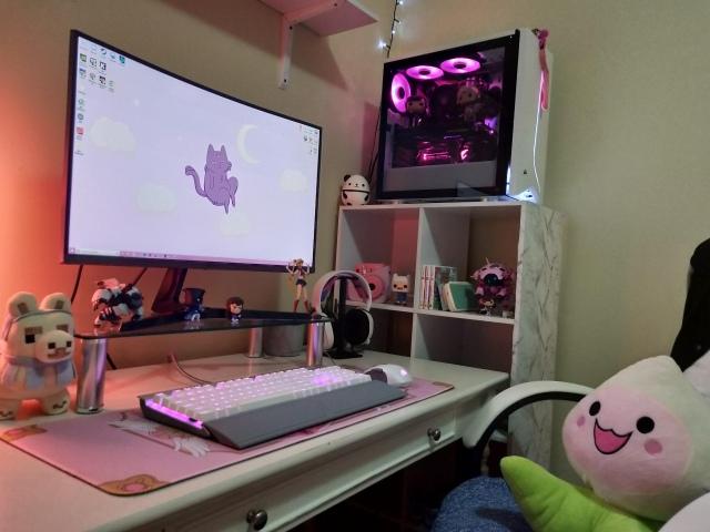 PC_Desk_174_28.jpg