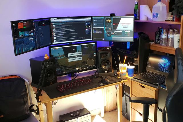 PC_Desk_174_71.jpg
