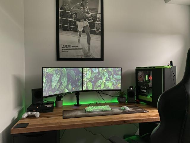 PC_Desk_174_78.jpg
