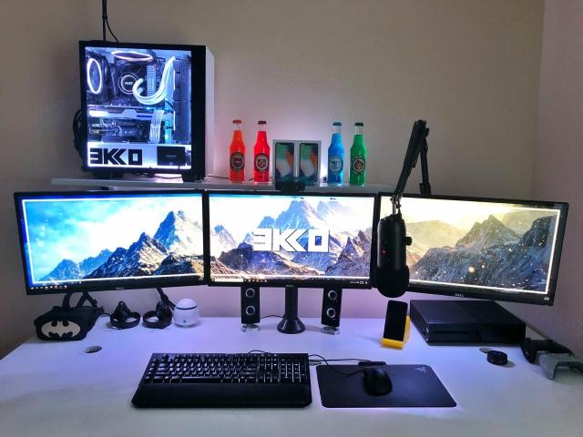 PC_Desk_175_48.jpg