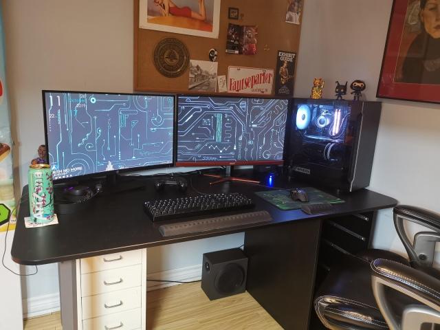 PC_Desk_175_56.jpg