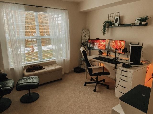 PC_Desk_175_57.jpg