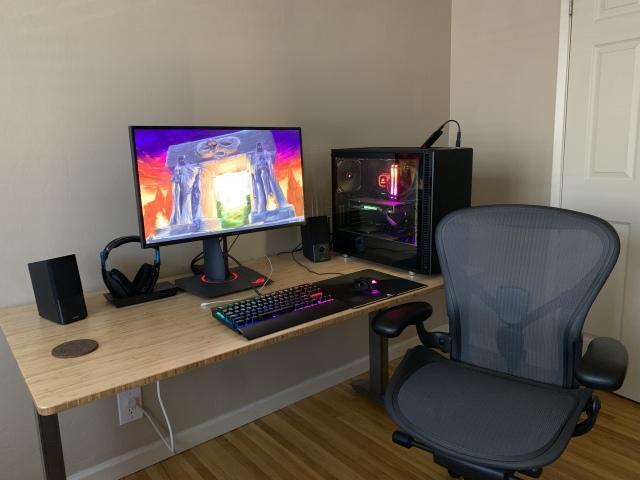 PC_Desk_175_74.jpg