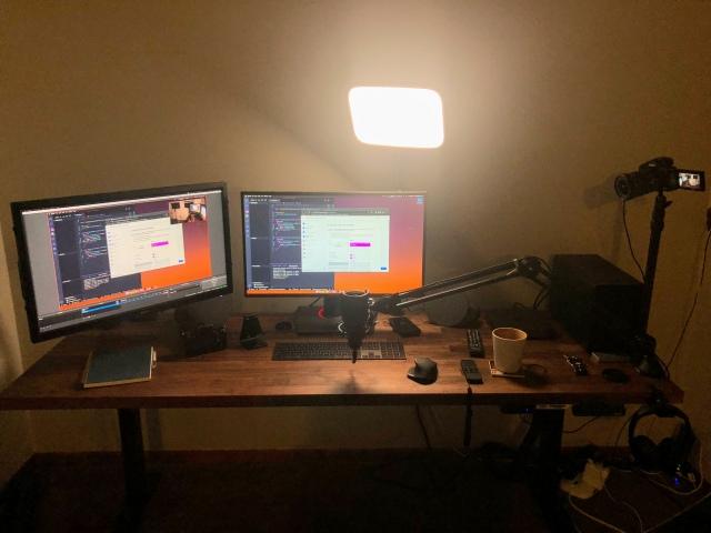 PC_Desk_175_76.jpg