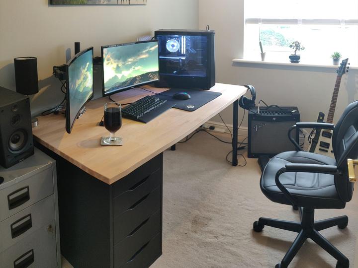 PC_Desk_176_47.jpg