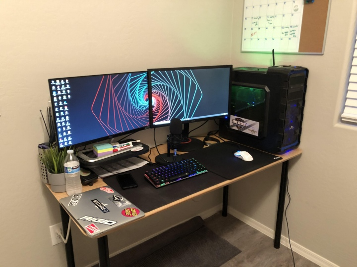PC_Desk_176_72.jpg