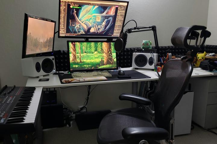 PC_Desk_176_82.jpg