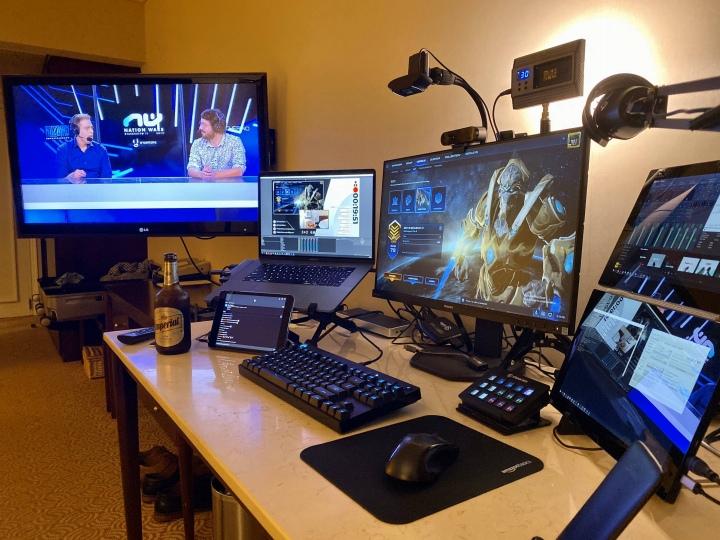 PC_Desk_176_86.jpg