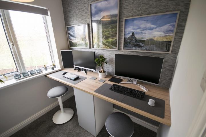 PC_Desk_176_94.jpg