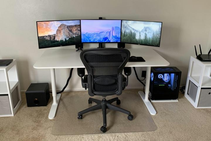 PC_Desk_177_18.jpg