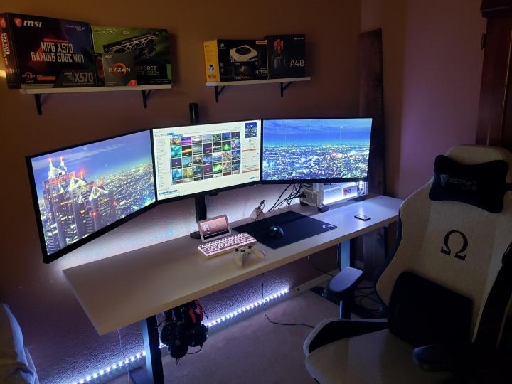 PC_Desk_177_27.jpg