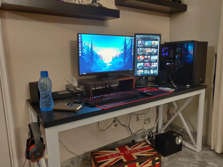 PC_Desk_177_45.jpg