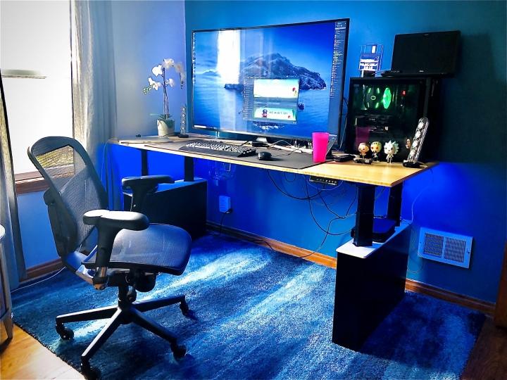 PC_Desk_177_49.jpg