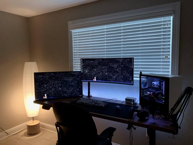 PC_Desk_UltlaWideMonitor48_22.jpg