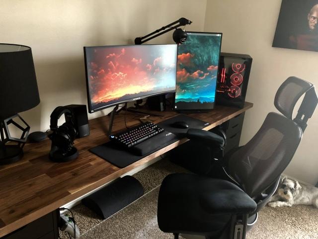 PC_Desk_UltlaWideMonitor48_34.jpg