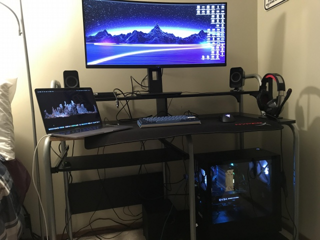 PC_Desk_UltlaWideMonitor48_43.jpg