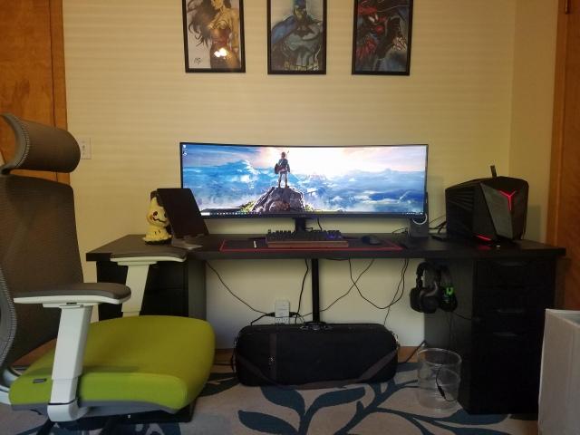 PC_Desk_UltlaWideMonitor48_57.jpg