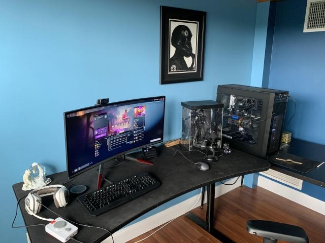 PC_Desk_UltlaWideMonitor48_98.jpg
