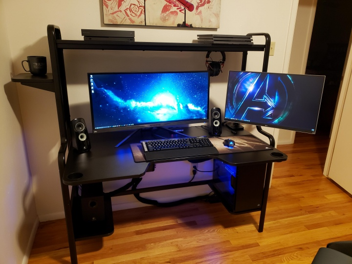 PC_Desk_UltlaWideMonitor50_09.jpg