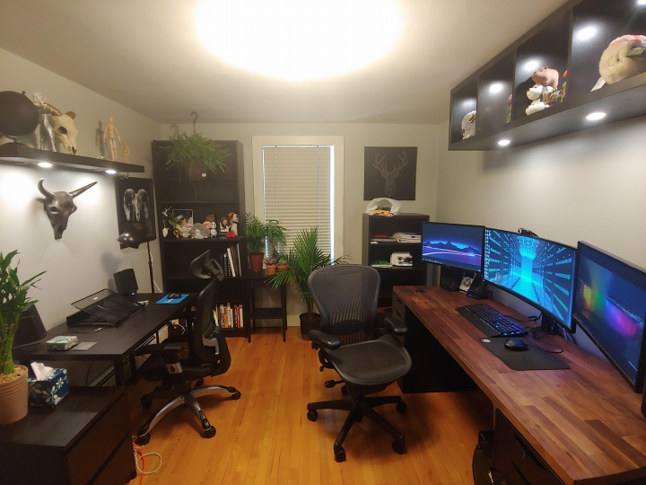 PC_Desk_UltlaWideMonitor50_26.jpg