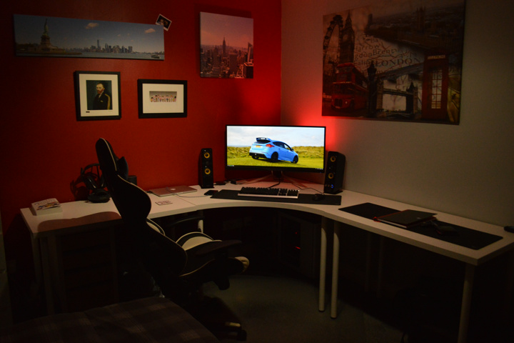 PC_Desk_UltlaWideMonitor50_74.jpg