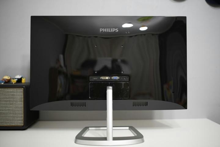 Philips_276E9QDSB-11_04.jpg