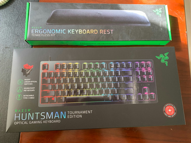 Razer_Huntsman_Tournament_Edition_09.jpg